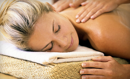 A two-person massage room and both male and female massage therapists help ...