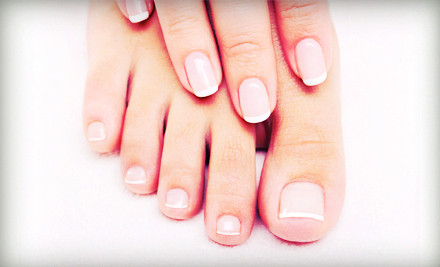 leaves nail tips bright, and no-chip Shellac polish cures onto nails