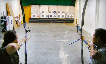 Palomo Archery: 1-Hour Archery Lesson for 2 People Plus Equipment Rental - Palomo Archery in Palo Alto