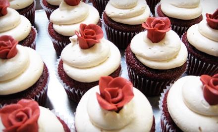 Frosted Cupcakes & Cakes - Frosted Cupcakes & Cakes in Edmonds