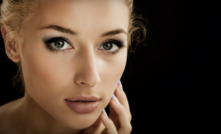 The Skin & Permanent Makeup Institute: Application of Permanent Top or Bottom Eyeliner - The Skin & Permanent Makeup Institute in San Antonio