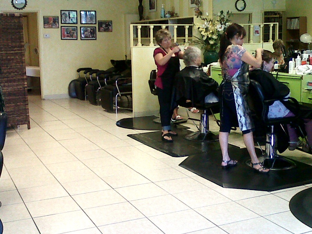 Aura Bella Salon Day Spa