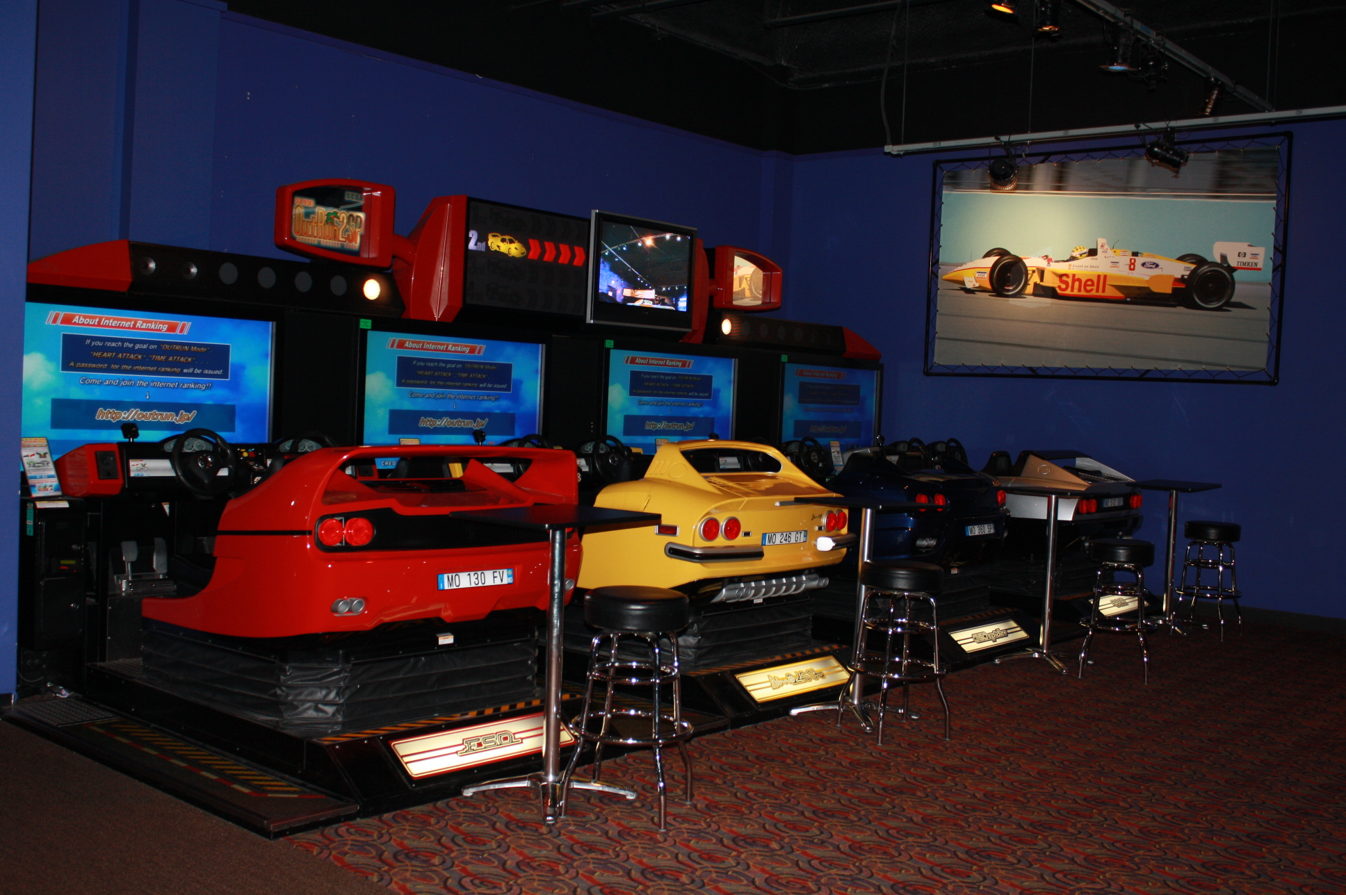 Apr 30, · Gameworks, Schaumburg: See 14 unbiased reviews of Gameworks, rated 4 of 5 on TripAdvisor and ranked # of restaurants in Schaumburg.4/4(14).