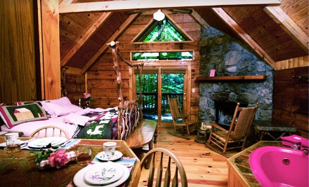 2-Night Honeymoon Deluxe Cabin Package For Two - Creekwalk Inn and Cabins in Cosby