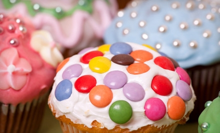 Cake Decorating 101 Class for Two, Including Decoration Kits (a $136.50 value) - Charm City Cupcakes in Baltimore