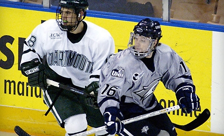 UNH Wildcats vs. Dartmouth Big Green on Sat., Jan. 14 at 7PM: Upper Level Seating (Sections 203-204 or 212-218) - UNH Men's Hockey in Manchester