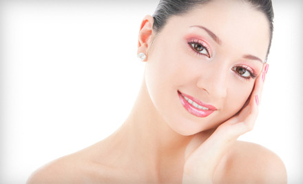 60-Minute Hydrating Paraffin Facial (a $100 value) - Salon 44 Spa in Chicago