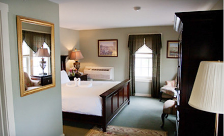 Two-Night Weekday Stay in a Deluxe King or Deluxe Two Queen Room - The Stowe Inn in Stowe