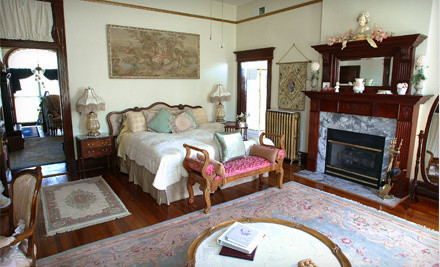 2-Night Romantic Bed-and-Breakfast and Winery Getaway Package - Beall Mansion in Alton