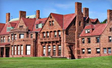 Public Tour of Ten Mile Ocean Drive for 2  - Historic Tours of Newport in Newport