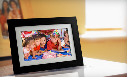 Groupon Goods - Digital Picture Frame in