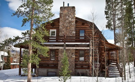 Two-Night Stay for 18 in Summit Peaks Lodge South - Summit Peaks and Riverside Lodges in Silverthorne