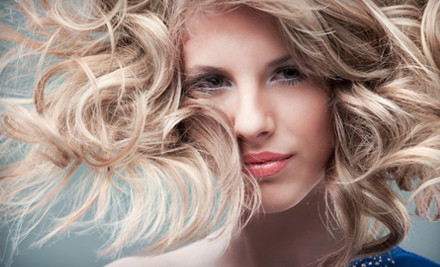 Shampoo, Moroccanoil Conditioning Treatment, Women's Haircut & Style - Viva Hair Studio in Boca Raton