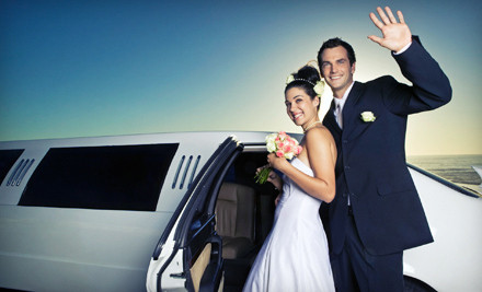 4-Hour Wedding-Limo Service for Up to 6 Passengers - Harris Limousine in
