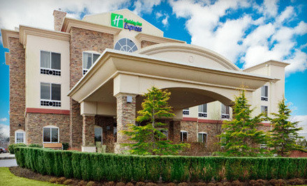 1-Night Weekend Stay for Two with a 4-Hour Wine-and-Spirits Tasting (a $222.10 value) - Holiday Inn Express in Riverhead