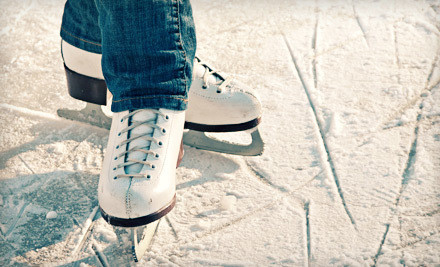 Portland: $10 for Ice Skating for Two with Skate Rentals at the Winterhawks Skating Center in Beaverton (Up to $20 Value)
