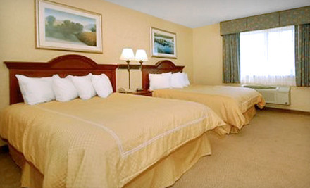 2-Night Stay for Up to Four Adults and Children in a Standard Room - Comfort Suites in Delavan
