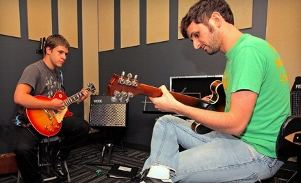 Eight 30-minute private lessons and eight 90-minute jam sessions - School of Rock in San Diego