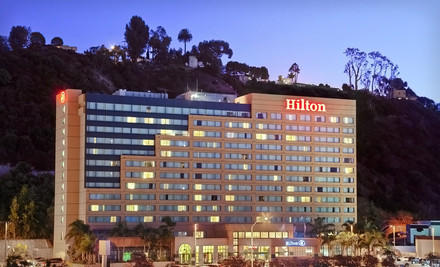 San Diego: One- or Two-Night Stay with One Appetizer, Two Mixed Drinks, and WiFi at Hilton San Diego Mission Valley
