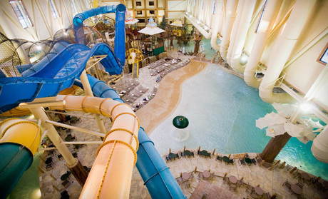 Great Wolf Lodge Mason resort in Ohio offers a wide variety of fun family attractions including our famous indoor water park. Discover tons of fun activities near Cincinnati at Great Wolf Lodge, the kid-friendly indoor water park resort hotel in Mason, OH.