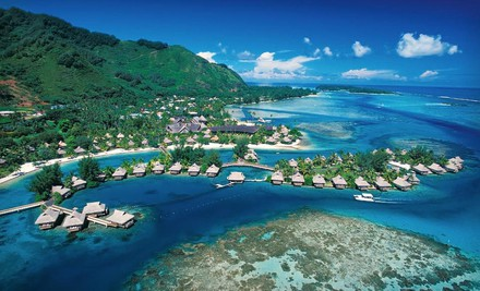 Los Angeles: Six-Day, Five-Night Vacation in Tahiti and Moorea with Round-Trip Airfare from Travelscene