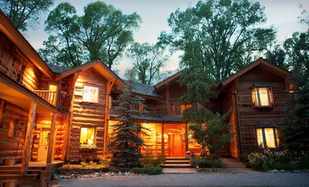 Salt Lake City: One- or Two-Night Stay at The Bentwood Inn in Jackson Hole, WY